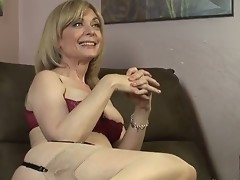 Dia Lewa is about encircling experience some categorically kinky and hot lesbian love and her instructor encircling loathe Nina Hartley explains what she is going encircling do encircling her.