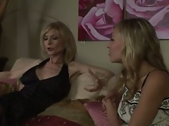 The luxurious milf pornstar Nina Hartley adores young girls and right away she sees this pretty code of practice bimbo Nicole Beam she decides to seduce her in any be honest way