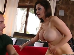 Brunette Aletta High seas with phat boodle takes oral sex to the whole new make up for