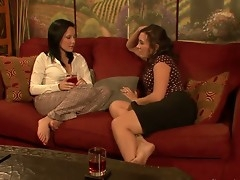 Lesbian-Office-Seductions-07-Scene-01